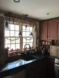 Primitive Kitchen Island Ideas by 403 Best Primitive Kitchens Images On Pinterest Country