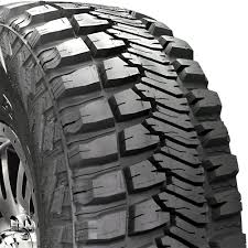 Amazon.com: Goodyear Wrangler MT/R Kevlar Radial Tire - 32/1150R15 ...