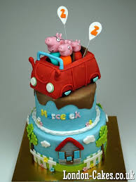 peppa pig cake decorations the 25 best pig birthday cakes ideas on pig cakes