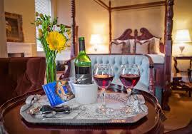 Romantic Inns of Savannah