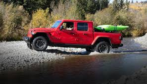 100 4 Door Jeep Truck AllNew 2020 Gladiator MidSize Pickup