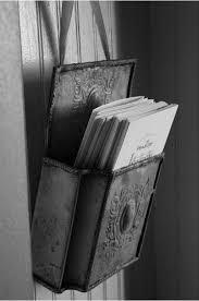 porte de la cuisine ma boîte aux lettres près de la porte de la cuisine
