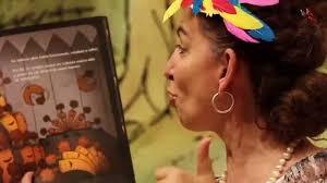Señora Jackie Reads