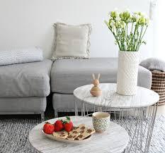 interior mehr luft im wohnzimmer und zarte frühlingsfarben