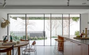 100 Bondi Beach House 80s Transformed By Horizon Tobias Partners