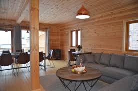 großes offenes wohnzimmer angeln in norwegen