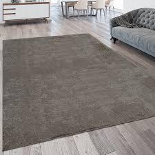 wohnzimmer teppich kurzflor teppich waschbar einfarbig in taupe grau