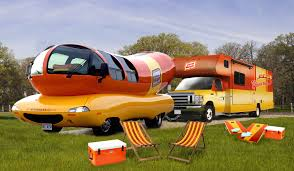 Oscar Mayer Wienermobile Is In The Bay Area For The Super Bowl - SFGate