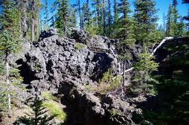 Big Lava Bed Hiking in Portland Oregon and Washington
