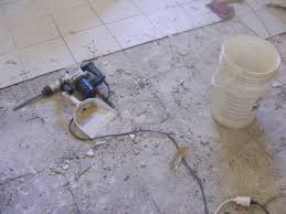 enlever colle a carrelage 5ème jour enlever le carrelage au sol on refait la cuisine
