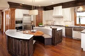decoration salon cuisine ouverte decoration salon avec cuisine ouverte cette cuisine spacieuse et
