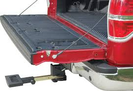 Swing-Away Hitch Mount Truck Step | Princess Auto