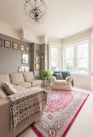 klassisches wohnzimmer mit erker und bild kaufen