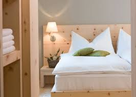 Headboard Lights For Reading by Headboard Reading Lights Best Home Design Ideas