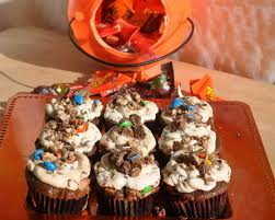 Halloween Candy Dish Craft by Beki Cook U0027s Cake Blog Leftover Halloween Candy Cupcakes