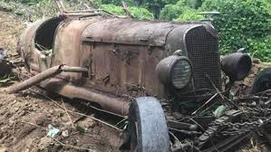 North Carolina Contractor Stumbles Upon Hidden Hoard Of Pre-war Cars ...