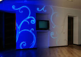 clearneon invisible blacklight reactive spray paint spray