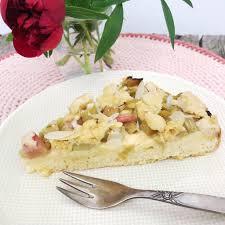 rhabarberkuchen mit vanillepudding streusel glutenfrei