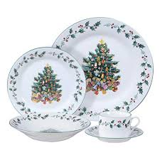 Gibson Home Tree Trimming 20 Piece Ceramic Dinnerware Set White