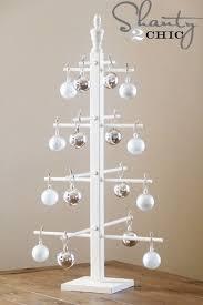 10 DIY Wooden Ornament Tree