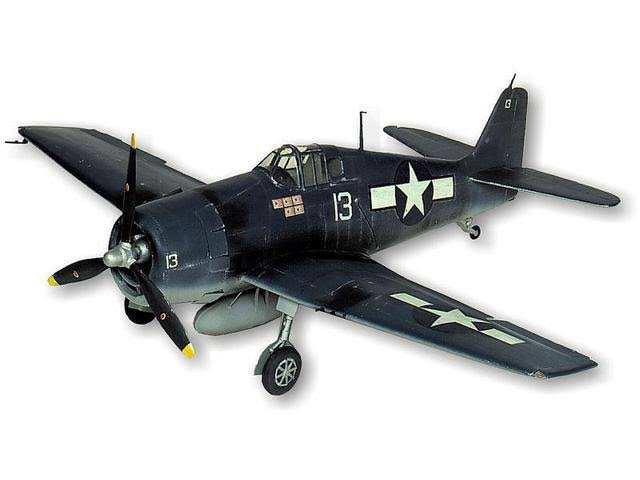 Guillows Hellcat F6F-3 #1005 Balsa Wood Model Airplane Kit