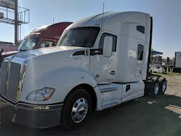 100 Truck 2014 Kenworth T680 Sleeper Semi Cummins ISX 15 450HP Manual For Sale 649604 Miles Selma CA 9713225 MyLittleSalesmancom