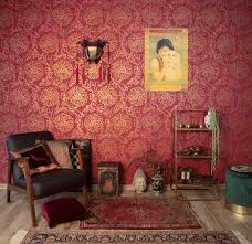 florale ornamenttapete im asian style mit goldakzenten rot gold