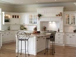 U Shaped Kitchen Layout With Square Island
