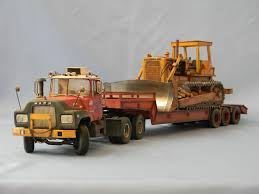 Mack DM 600-Cat DH8 1/25 AMT-ERTL | MY MODELS | Pinterest | Trucks ...