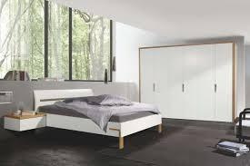schlafzimmer mit hängekonsole hülsta designmöbel