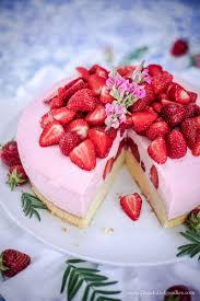 erdbeer buttermilchmousse kuchen