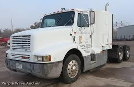 1989 International Semi Truck | Item DE6540 | SOLD! December...