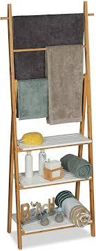 relaxdays handtuchhalter regal badständer mit regalablagen handtuchstangen hbt 150x50x30cm bambus mdf natur weiß größe