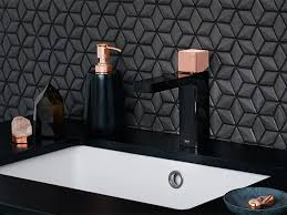 Unclogging Bathtub With Plunger by How To Unclog A Drain With A Plunger