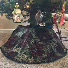 72 Inch Christmas Tree Skirt Pattern by How To Make A Tree Skirt 8 Steps With Pictures