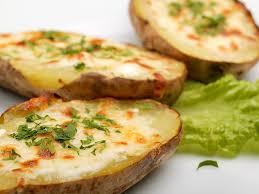 cuisiner la pomme de terre pommes de terre au four une recette soscuisine