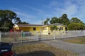 831 NW 179th St Miami Gardens FL MLS A