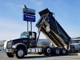 100 Volvo Mack Trucks USED 1997 VOLVO CONVENTION DUMP TRUCK FOR SALE 10022