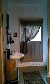 Primitive Decorated Bathroom Pictures by 160 Best Colonial Bathroom Images On Pinterest Primitive