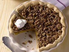 Bobby Flay Pumpkin Pie With Cinnamon Crunch throwdown pumpkin pie recipe pumpkin pies pies and thanksgiving