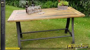 table style industriel bois massif piètement acier et fer forgé