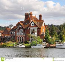 100 River Side House Side S And Moorings Stock Image Image Of