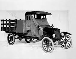Ford Rayakan 100 Tahun Rakitan Truk Pickup