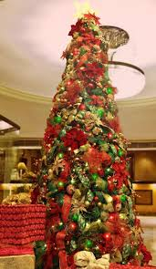 8ft Christmas Tree Uk by 67 Best Commercial Christmas Decorations Images On Pinterest
