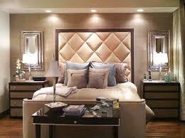 chambre avec tete de lit une tête de lit capitonnée pour un beau style de votre chambre à