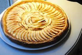 dessert aux pommes rapide recette de tarte aux pommes facile et rapide la recette facile