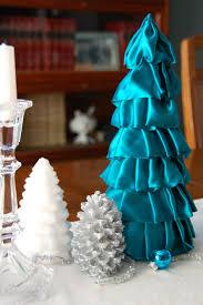 Saran Wrap Xmas Tree by 26 Christmas Trees Bobbleheadbaby