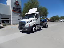 FREIGHTLINER Tractor Trucks For Sale