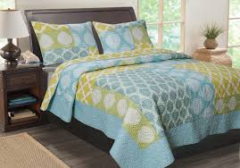 Greenland Home Bedding by The Avalon Quilt Set By Greenland Home Fashions