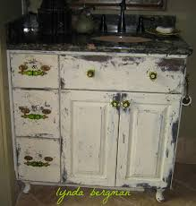 Distressed Bathroom Vanity Uk by How To Distress White Bathroom Cabinets Memsaheb Net